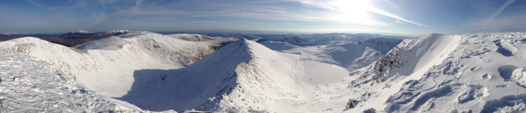 Frozen red tarn, from Helvellyn